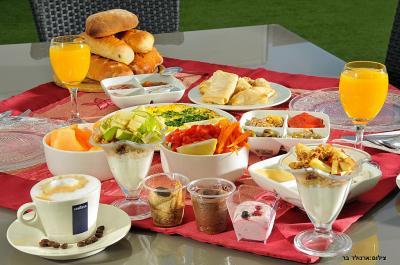 תוכלו ליהנות גם מארוחת בוקר גלילית טרייה ועשירה