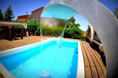 Autour de la piscine - Tali Zimmer's