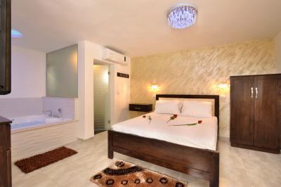 חדר שינה זוגי באחוזה