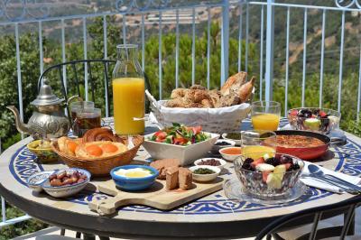 בתיאום מול המארחים ניתן ליהנות מארוחת בוקר מושקעת