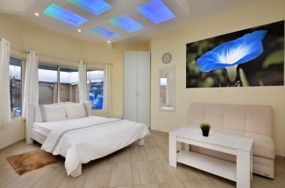 חדר שינה מפנק במיוחד מעוצב
