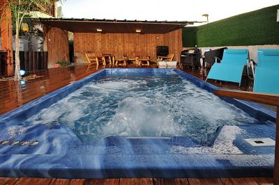 Pool area - Nichoach Ha-Jasmin