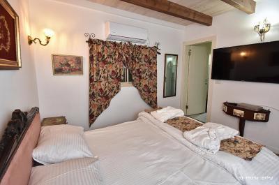 חדר השינה הפרטי מעוצב בסגנון וינטג'