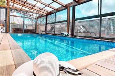 Pool area - Nofesh bapisga