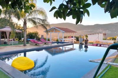 Pool area - Ahuzat Nof Ha-Shalom