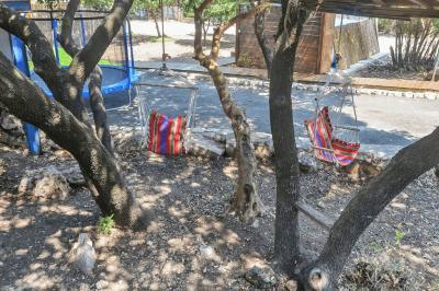 ערסלי ישיבה וטרמפולינה לילדים
